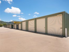 self storage in port douglas